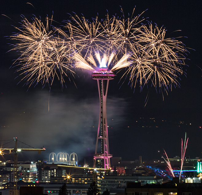 Second Use Seattle >> Seattle New Year's Fireworks from the Space Needle - Equal Motion