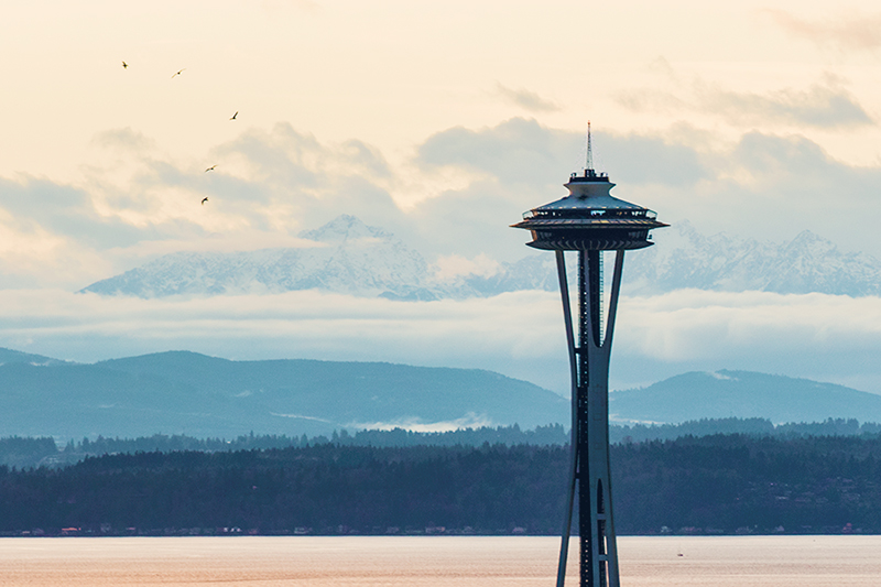 blog-seattle-space-needle-clouds
