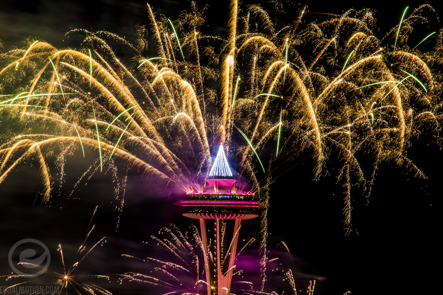 500px-new-years-space-needle-01
