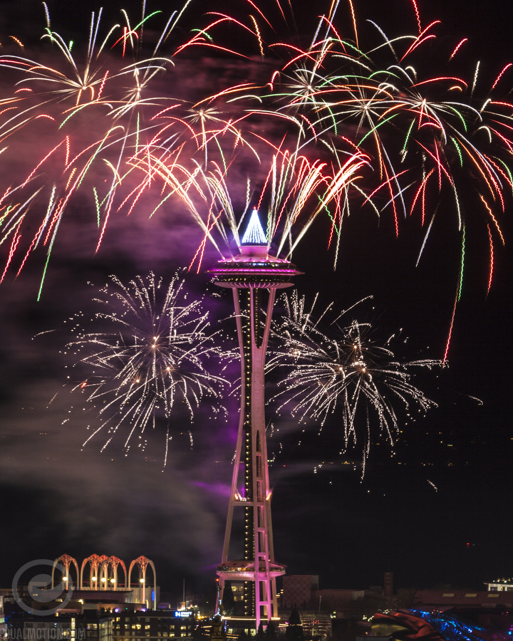 500px-new-years-space-needle-06