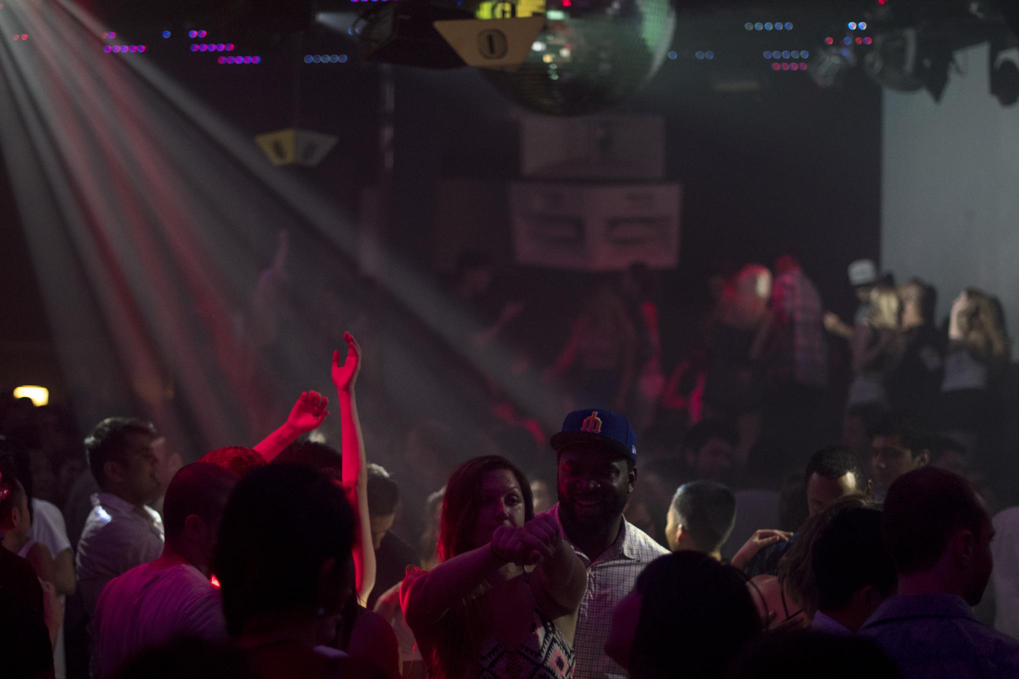 q-night-club-013
