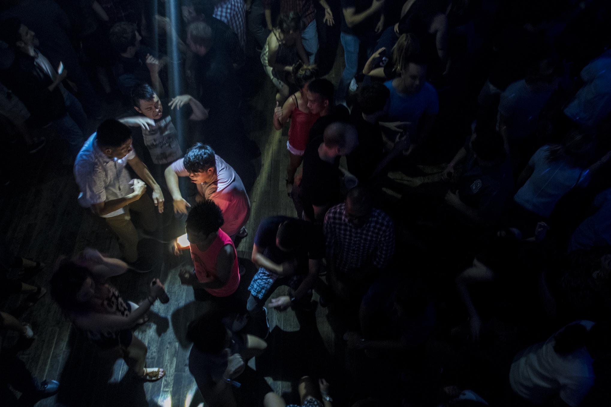 q-night-club-014